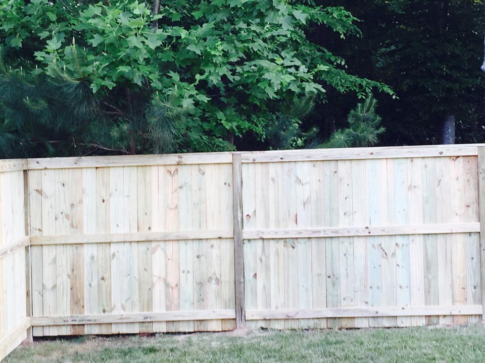 wood fencing company hampton va